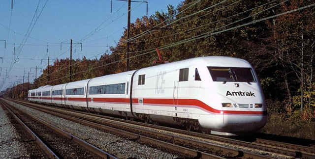 Amtrak-01-web-a