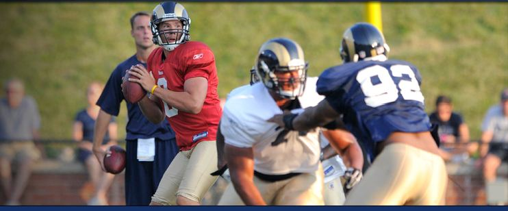 Rams-scrimmage