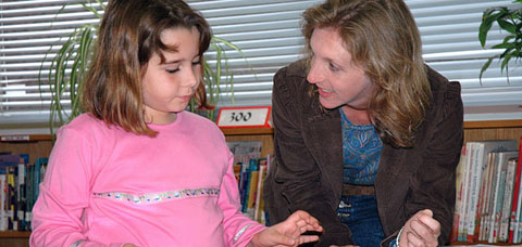 teacher reading480x225_better crop